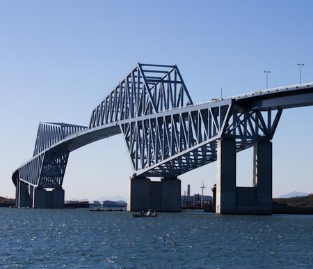 Tokyo_Gate_Bridge-3.jpg